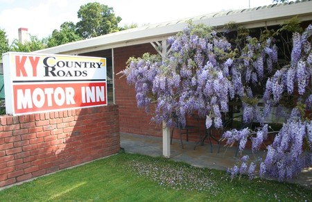 KY COUNTRY ROADS MOTOR INN - Surfers Paradise Gold Coast