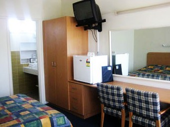 Sandbelt Club Hotel - Surfers Paradise Gold Coast