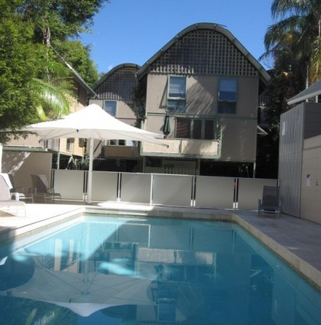 The Hastings Beach Houses - Surfers Paradise Gold Coast