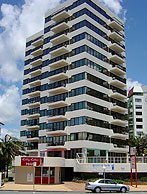 Beachfront Towers - Surfers Paradise Gold Coast