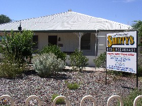 Loxton Smiffy's Bed And Breakfast Bookpurnong Terrace - Surfers Paradise Gold Coast