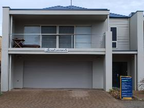 Tradewinds at Port Elliot - Surfers Paradise Gold Coast