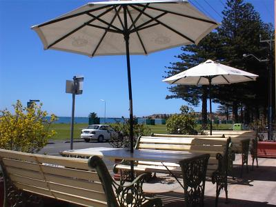 Anchorage at Victor Harbor Seafront Hotel - Surfers Paradise Gold Coast