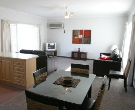 Barham Golden Rivers Holiday Apartments - Surfers Paradise Gold Coast