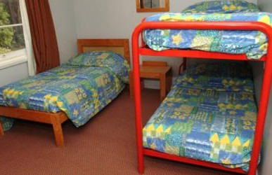 Blackheath Holiday Cabins - Surfers Paradise Gold Coast