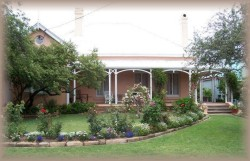 Guy House Bed and Breakfast - Surfers Paradise Gold Coast