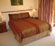 Cream Gables Bed and Breakfast - Surfers Paradise Gold Coast