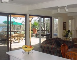 Lakeview Cottage - Surfers Paradise Gold Coast