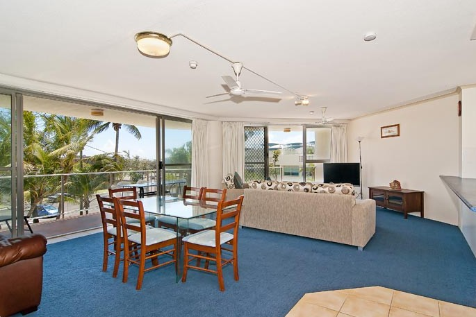Chateau Royale Beach Resort - Surfers Paradise Gold Coast