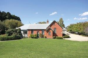 Woodend Old School House Bed and Breakfast - Surfers Paradise Gold Coast