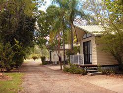 Countryman Motel Biloela - Surfers Paradise Gold Coast