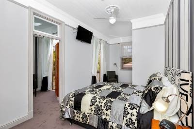 Cumquat House - Surfers Paradise Gold Coast