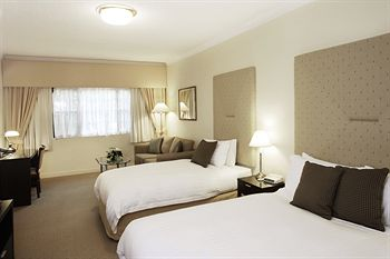 Grand Mercure The Hills Lodge - Surfers Paradise Gold Coast