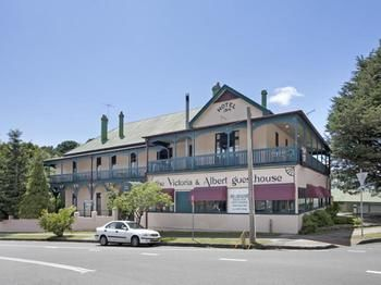 The Victoria amp Albert Guesthouse - Surfers Paradise Gold Coast