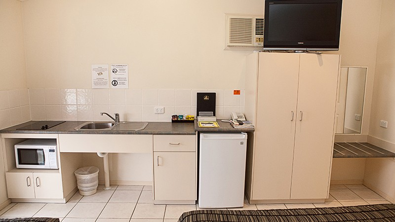 BEST WESTERN Caboolture Central Motor Inn - Surfers Paradise Gold Coast