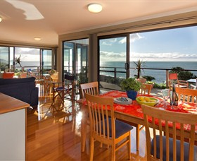 Boat Harbour Beach House - The Waterfront - Surfers Paradise Gold Coast