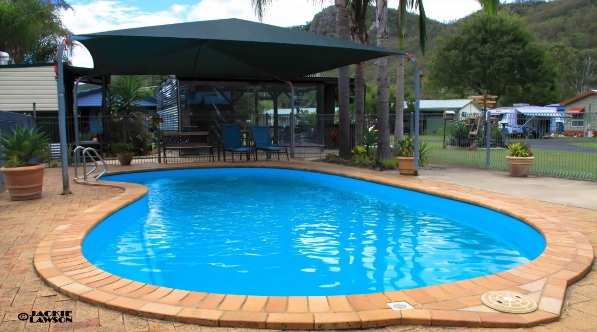 Esk Caravan Park And Rail Trail Motel - Surfers Paradise Gold Coast