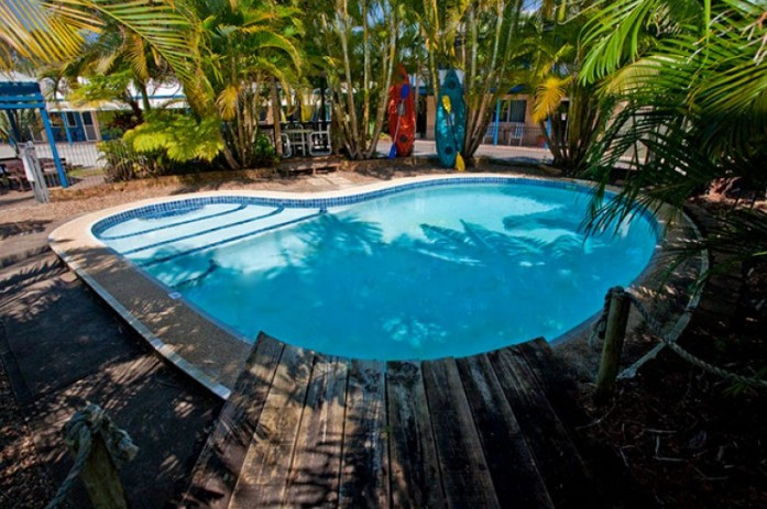 Tin Can Bay Motel - Surfers Paradise Gold Coast