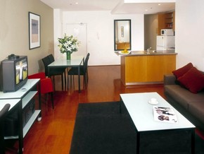 Adina Apartment Hotel St Kilda - Surfers Paradise Gold Coast