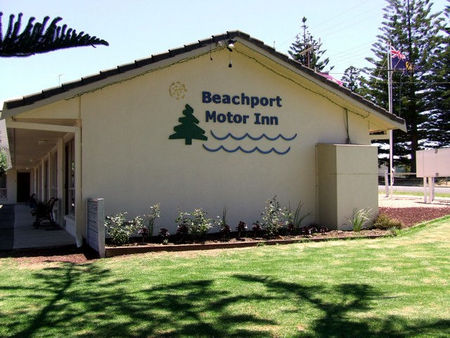 Beachport Motor Inn - Surfers Paradise Gold Coast