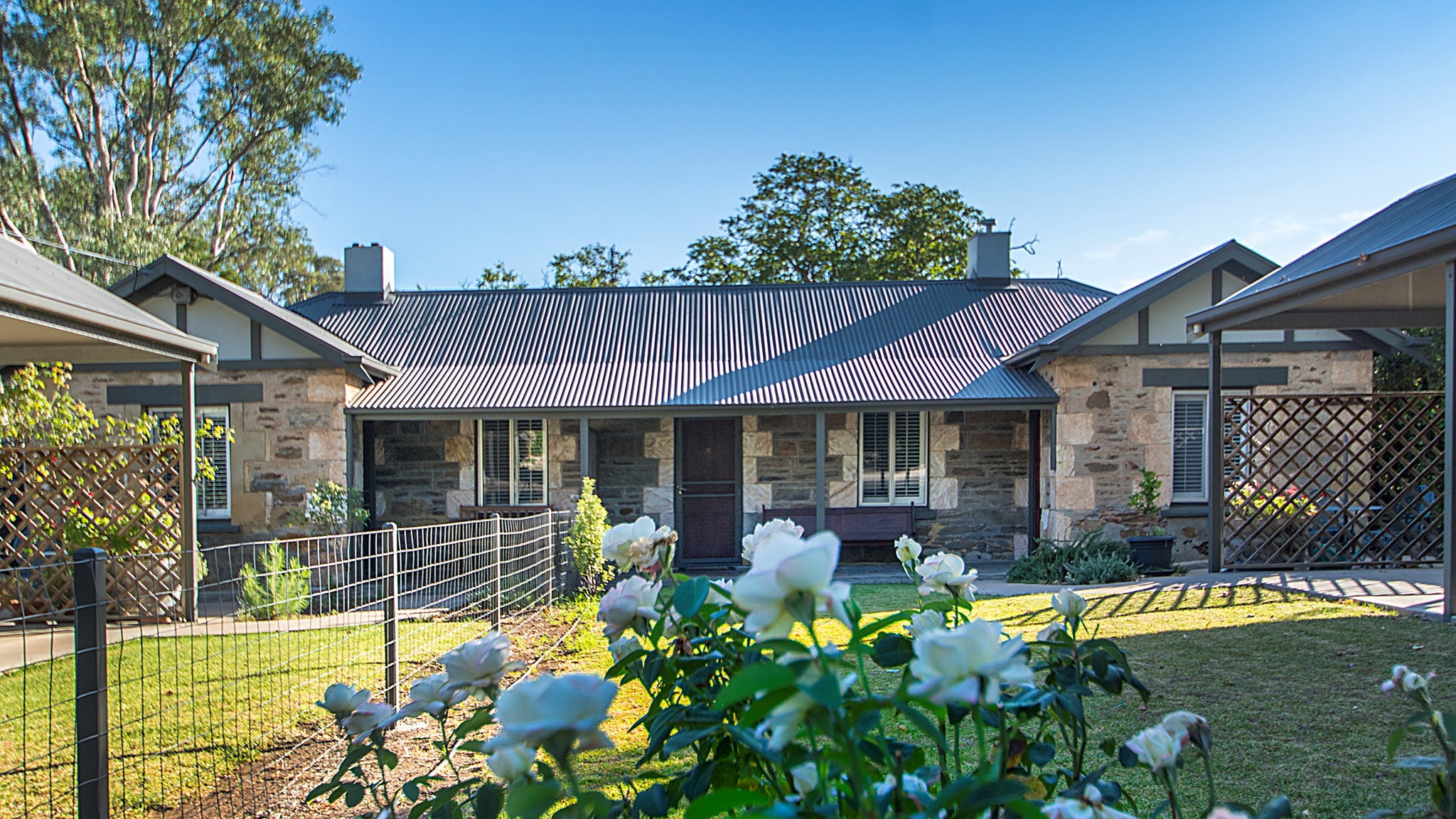 Stoneleigh Cottage Bed and Breakfast - Surfers Paradise Gold Coast