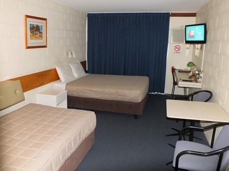 Central Motel - Surfers Paradise Gold Coast