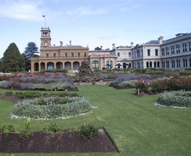 Werribee Mansion - Surfers Paradise Gold Coast