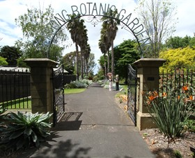 Friends of Geelong Botanic Gardens - Surfers Paradise Gold Coast
