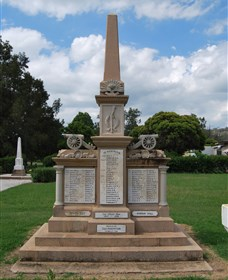 Boer War Memorial and Park Allora - Surfers Paradise Gold Coast