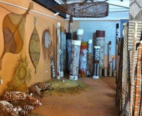 Maningrida Arts and Culture - Surfers Paradise Gold Coast