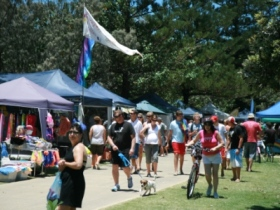 Coolangatta Art and Craft Markets - Surfers Paradise Gold Coast