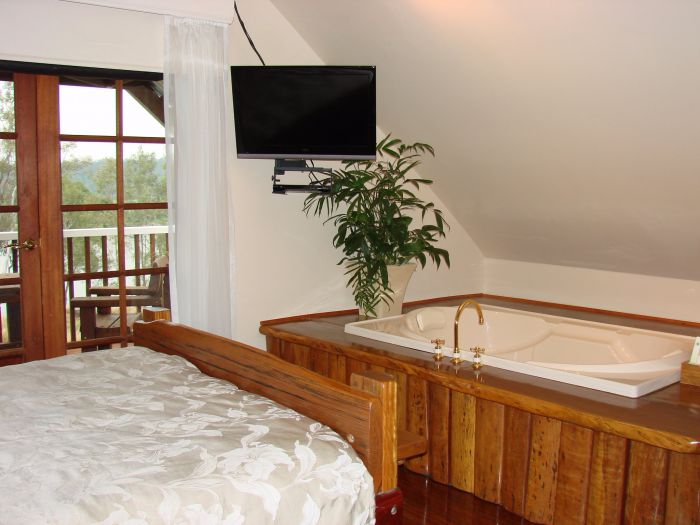 Clarence River Bed and Breakfast - Surfers Paradise Gold Coast