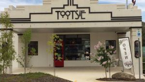 Tootsie Fine Art and Design - Surfers Paradise Gold Coast