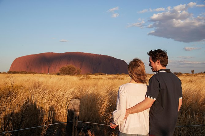 Uluru Ayers Rock Outback Barbecue Dinner and Star Tour - Surfers Paradise Gold Coast