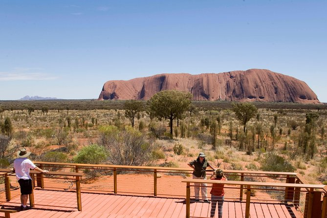 Uluru Small Group Tour including Sunset - Surfers Paradise Gold Coast
