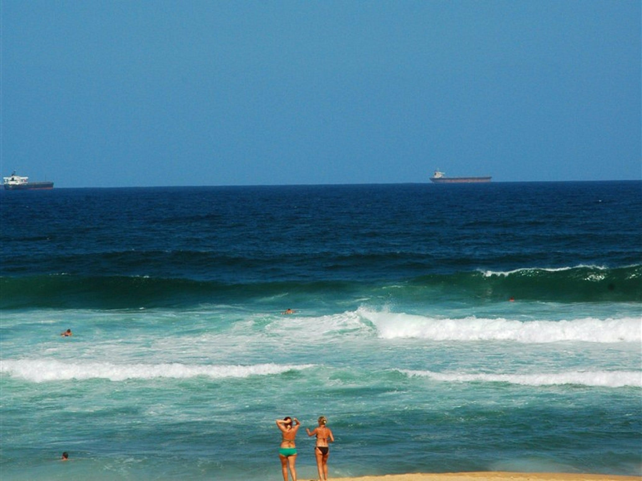 Merewether Beach - Surfers Paradise Gold Coast