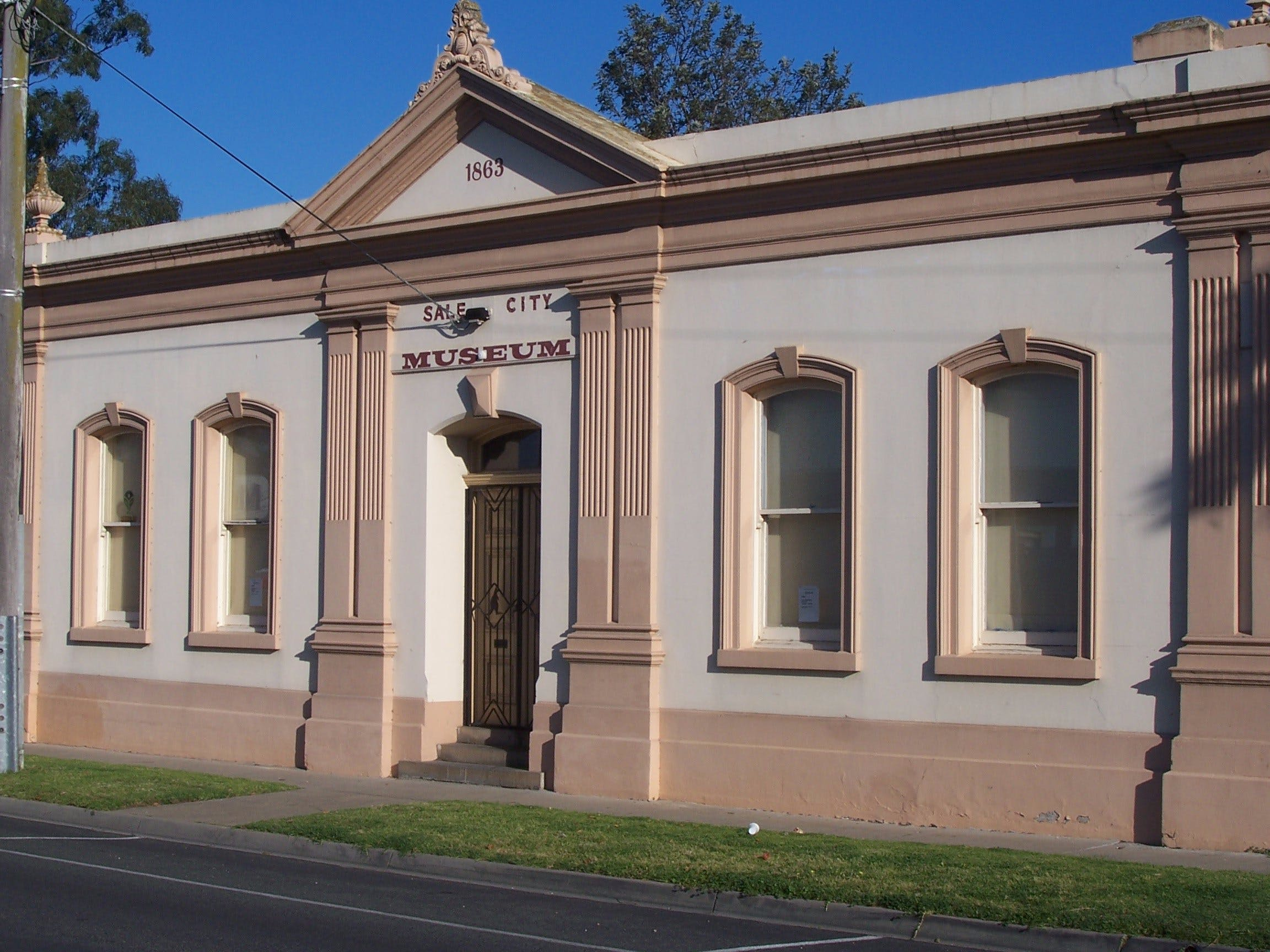 Sale Historical Museum - Surfers Paradise Gold Coast