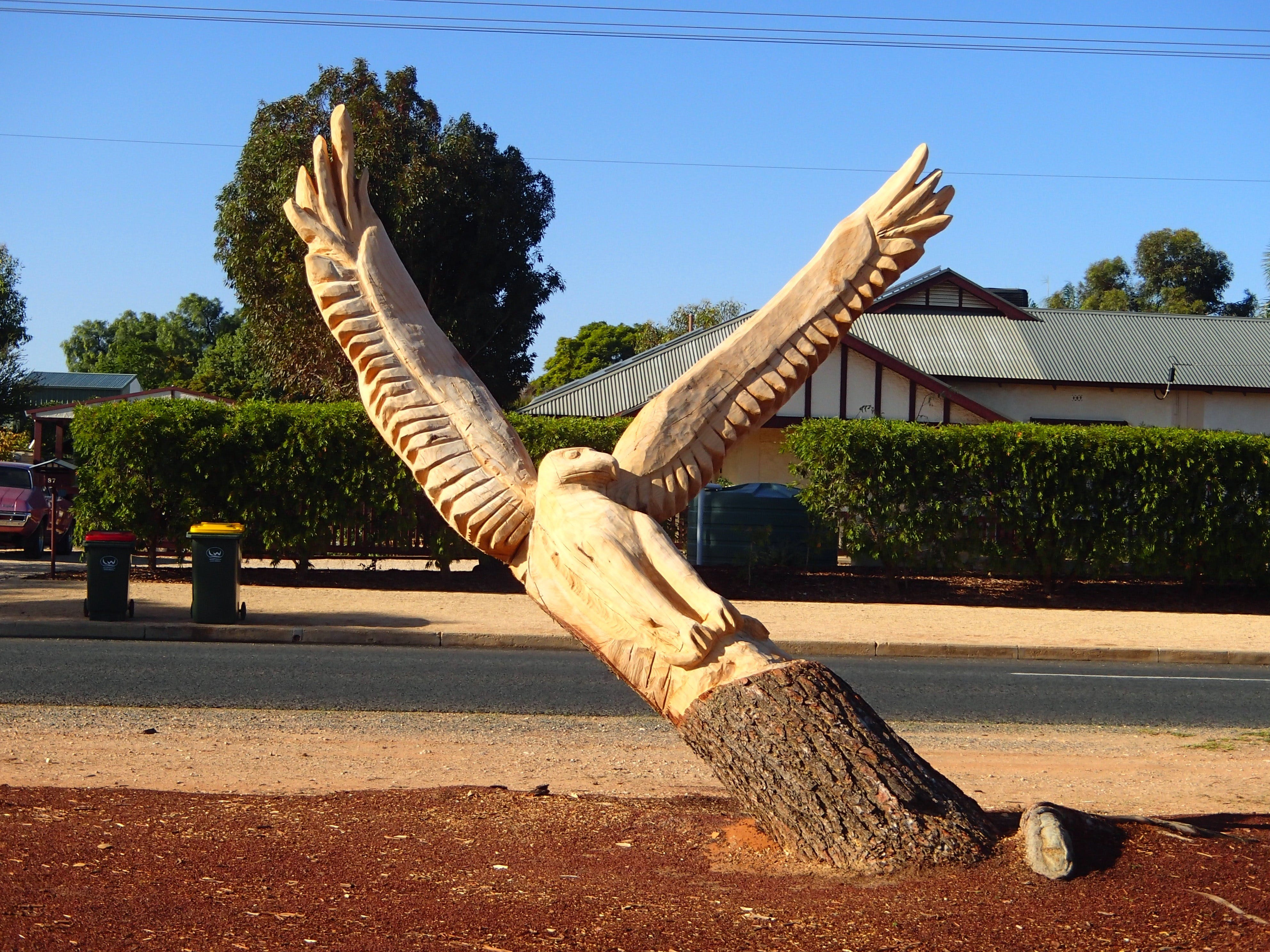 Loxton Tree sculptures - Surfers Paradise Gold Coast