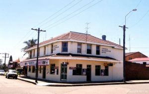 Old Fitzroy Hotel The - Surfers Paradise Gold Coast