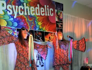 Psychedelic 70s Show The Retro Girls - Surfers Paradise Gold Coast