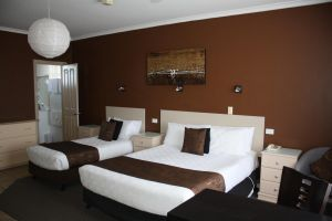 Lakeview Motel and Apartments - Surfers Paradise Gold Coast