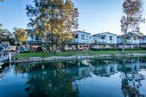 Jervis Bay Holiday Park - Surfers Paradise Gold Coast