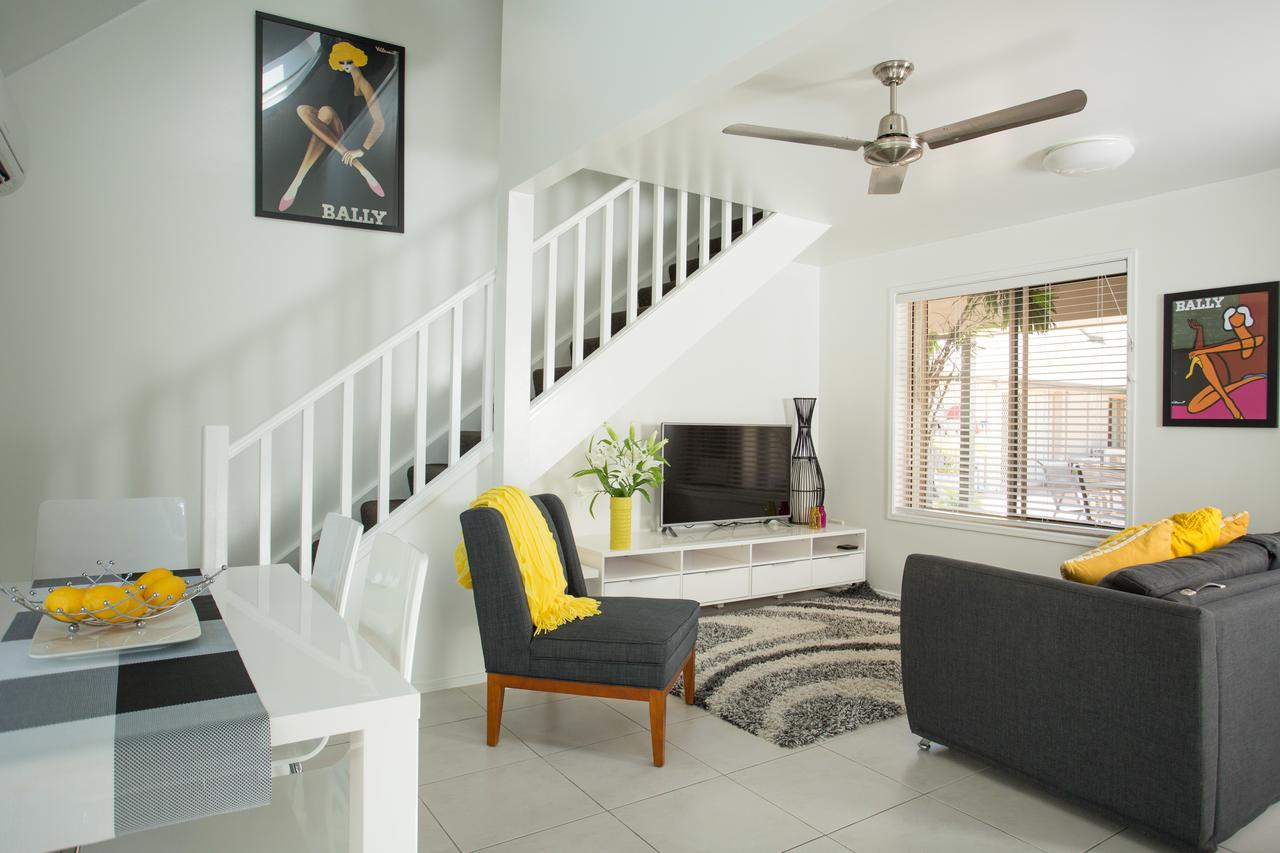 Byron Central Apartments - Surfers Paradise Gold Coast