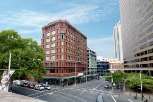 Sydney Central YHA - Surfers Paradise Gold Coast