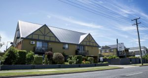 Coastal Bay Motel - Surfers Paradise Gold Coast