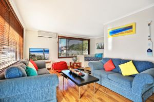 Sandy Toes Beach House Jervis Bay - 2min to Beach - Surfers Paradise Gold Coast