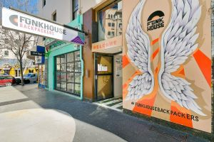Funk House Backpackers - Surfers Paradise Gold Coast
