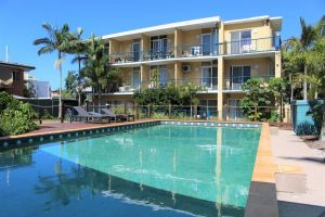 Broadwater Keys Holiday Apartments - Surfers Paradise Gold Coast