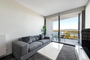 Canberra Luxury Apartment 5 - Surfers Paradise Gold Coast