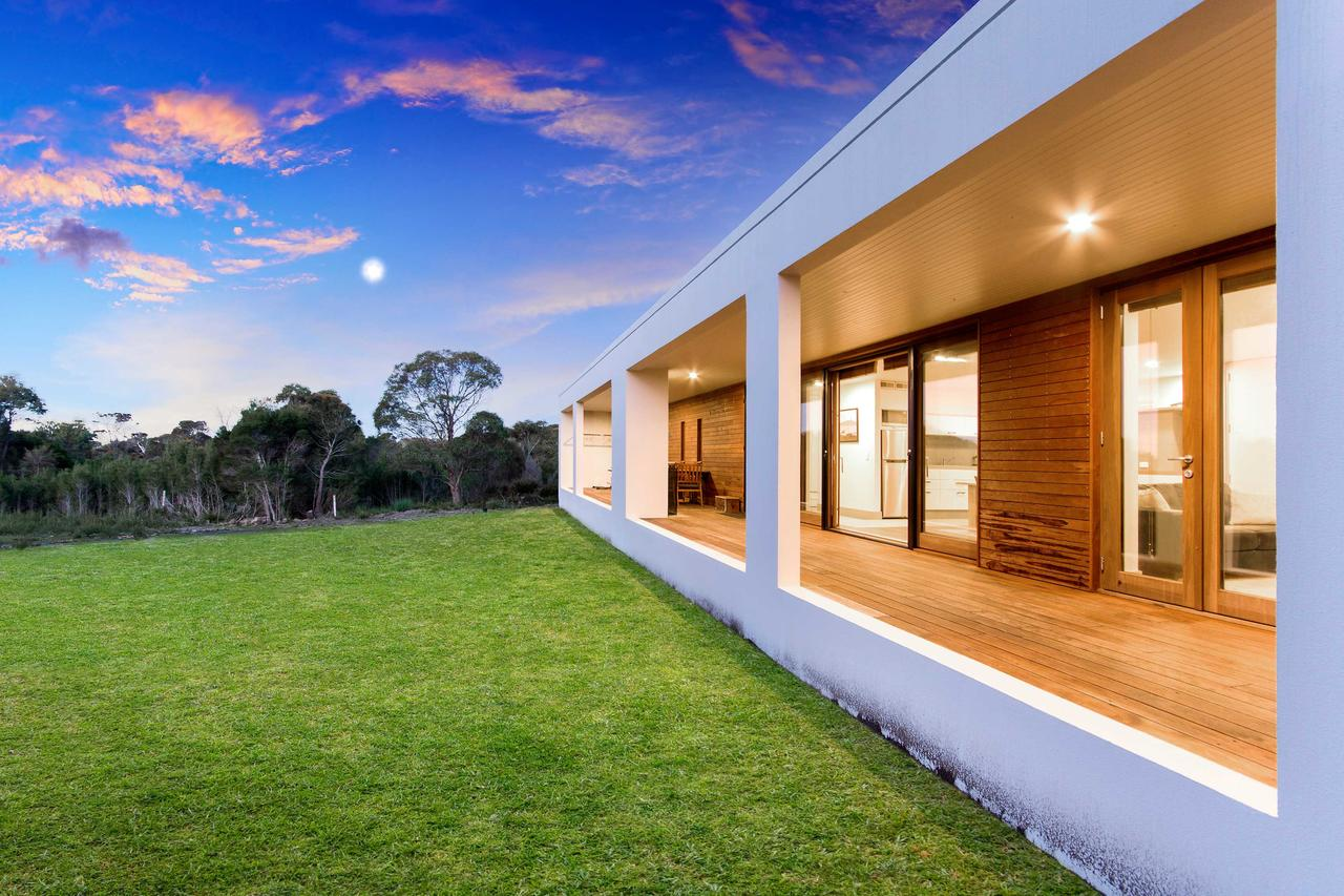 Tamar Solar Home - Surfers Paradise Gold Coast